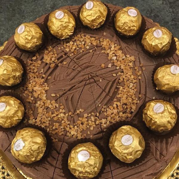 ferrero-tarta-chocolate-pasteleria-excelsior-linares