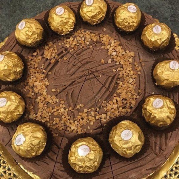 Tarta de chocolate Ferrero de Pastelería Excelsior Linares