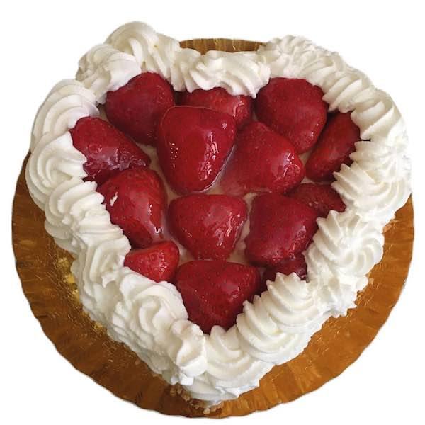 Tarta especial Día de la Madre de Pastelería Excelsior Linares. Elaboradas artesanalmente con Bizcocho Imperial Casero, fresas y nata.