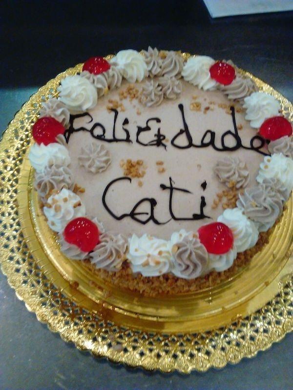 Tarta de nata y trufa de Pastelería Excelsior Linares